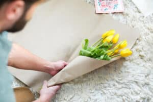 act of kindness giving flowers